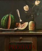 Mica Popovic 80x90cm – Mrtva priroda sa lubenicom, flasom i cvecem – 1988.godina – ulje i aplikacija na platnu – svojstvo kulturnog dobra